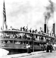 The steamer State of New York at Put-in-Bay in 1902